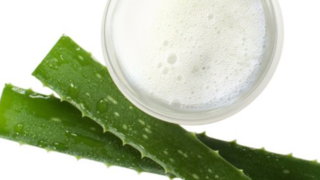 rimedio naturale a base di aloe contro le scottature